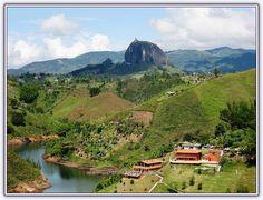 Huge Stone - El Penon de Guatape (Kolombiya) - Forum Gerçek Peaceful Places, Beautiful Places, Puerto Rico, South America, Latin America, The Good Place, Madrid, River, Mountains