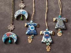 Ceramic Pendant, Ceramic Jewelry, Ceramic Beads, Polymer Clay Jewelry, Jewelry Crafts, Jewelry Art, Ringa Linga, Ceramic Cafe, Turkish Art