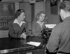Frances Farmer booked into LA County Jail, 1943 -via awaywiththefairies:(via) Old Hollywood Glamour, Golden Age Of Hollywood, Vintage Hollywood, Classic Hollywood, Morgan Movie, Frances Movie, Frances Farmer, Celebrities Who Died, Seattle Hotels