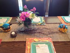 DIY Vintage Owl-themed Baby Shower: Table Settings