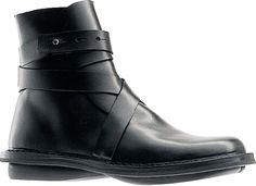 Trippen boot black straps
