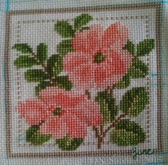 flower of the month June cross stitch square from PDX-stitch