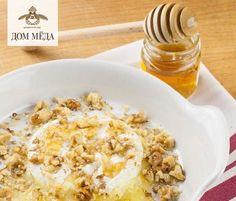 Глазированный сыр бри с медом и орехами    http://www.facebook.com/photo.php?fbid=345119005600996=a.325885924190971.74853.316063228506574=1    #Dom_Meda #recipe #honey #food  #рецепты #кулинария #мед