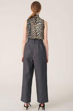 Sleeveless leopard print draped halterneck top cut in silk stretch satin. Back button-through closure. Leopard Shirt, Stretch Satin, Printed Blouse, Fabric Material, Sleeveless Blouse, Wardrobe Staples, Women Wear, Feminine, Lingerie