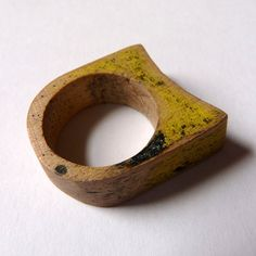 yellow & black maple ring