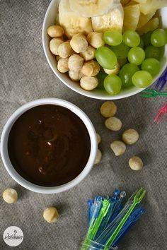 Roślinna : Fondue czekoladowo-orzechowe