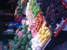 Fruit stands like this can be found all around  parts of Shanghai. Fresh fruit smells great in the morning.