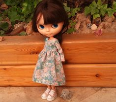 Roses Are Blue dress for Blythe by RainbowDaisies on Etsy