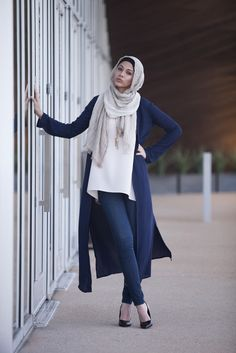 Shop the latest trends in Islamic clothing. Affordable, stylish & modest Islamic clothing for women. Hijabs, maxi dresses, cardigans, modest sportswear & more. Hajib Fashion, Modern Hijab Fashion, Muslim Women Fashion, Islamic Fashion, Modest Fashion, Unique Fashion, Fashion Outfits, Fashion Trends, Modern Islamic Clothing