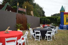 jurassic party birthday party ideas, dinosaurs party guest tables