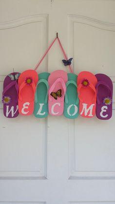 81af91499dfaa Flip Flop Wreath Welcome Wreath Summer Wreath by ADCMDesign Beach Crafts