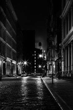 "500px / Photo ""Soho Noir"" by Tristan O'Tierney"