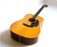 1971 Martin D-35 Acoustic Guitar Bass Amps, Guitars For Sale, Guitar Collection, Beautiful Guitars, Guitar Design, Vintage Guitars, Musical Instruments, Martin Guitars, Acoustic Guitars