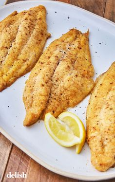 This Baked Catfish Will Make You Want To Grab Your Fishing Pole - Seafood Recipes Baked Catfish Recipes, Best Fish Recipes, Tilapia Fish Recipes, Salmon Recipes, Seafood Recipes, Cooking Recipes, Baked Catfish Fillets, Easy Baked Fish Recipes, Fried Fish Recipes