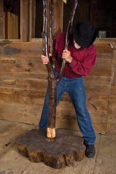 Woodworking Project: From Tree Branch to Coat Rack - Do It Yourself - MOTHER EARTH NEWS