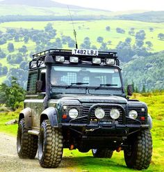 Land Rover Defwnder 90 Td5 -//Cars for Adventures - Max Raven