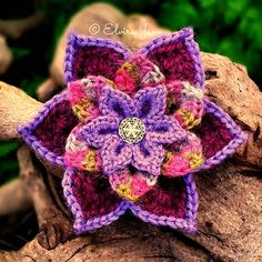Crochet Brooch designed and handmade by © Elvira Jane
