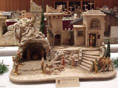 Christmas Origami, Beaded Christmas Ornaments, Christmas Lights, Christmas Decorations, Xmas, Christmas Crafts, Christmas Village Display, Christmas Nativity Scene, Christmas Villages