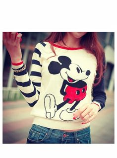 love this vintage mickey sweater
