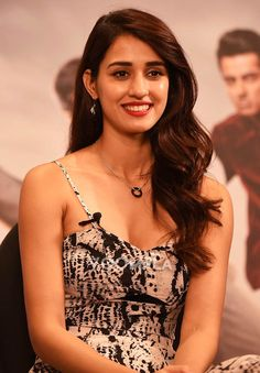 Disha Patani's beautiful smile captured in this candid photograph... via Voompla.com