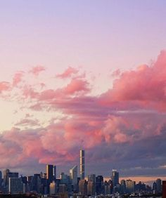 pink clouds over city Pretty Sky, Beautiful Sky, Beautiful World, Tumblr Ocean, City Sky, City Sunset, Look At The Sky, Sky Aesthetic, Laura Lee