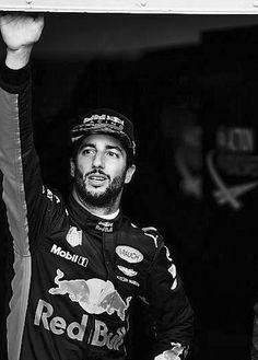 Ricciardo F1, Daniel Ricciardo, F 1, Wallpaper Ideas, Formula One, Random Thoughts, Sports, Projects, Sport