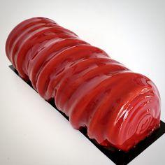L'article BÛCHE CHOCOLAT FRAMBOISE BAIES DE GOJI est apparu en premier sur Momo Le Meilleur Patissier.