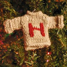 Harry Potter Holiday ~ Beware Nargles in Your Mistletoe! - Harry Potter Christmas ornaments / small craft projects