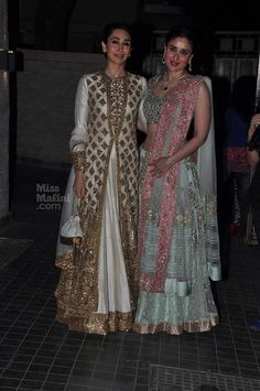 Sisters Karishma & Kareena at Soha Ali Khan & Kunal Kemmu's Wedding Reception, Jan 25, 2015, Both in http://www.ManishMalhotra.in/landing/
