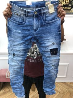 Denim Attire, Patterned Jeans, Denim Jeans Men, Ripped Skinny Jeans, Vintage Jeans, Swagg, Denim Fashion, Jeans Style, Losing Weight