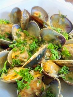 Cockles With Garlic And Parsley