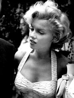 "infinitemarilynmonroe: """"Marilyn Monroe at Grauman's Chinese Theatre, 1953. "" """