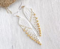 Items similar to Bridal earrings White wedding earrings Fringe earrings Beaded earrings Bohemian earrings White earrings Seed Bead Earrings for bride on Etsy Beaded Earrings Native, Seed Bead Earrings, Fringe Earrings, Diy Earrings, Seed Beads, Beaded Necklace, I Love Jewelry, Statement Jewelry, Bead Earrings