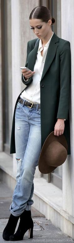 In love with this style: Long jacket, white blouse and Jeans