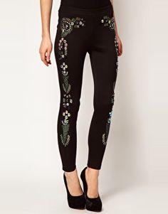 Pantalones pitillo con adornos holográficos exclusivos de ASOS PETITE