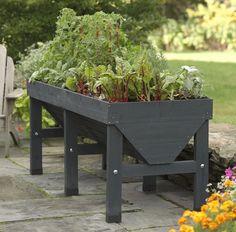 10 elevated vegetable planters, Gardenista