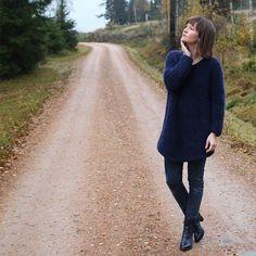 Sideways Sweater - S-XL