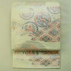 Ivory, rokutsu fukuro obi / アイボリー地霞と扇に丸文古典柄六通袋帯