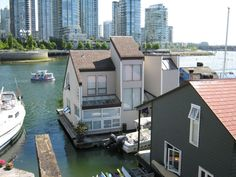 I love these!  I would go back to Vancouver if they had a tour of houseboats!!!