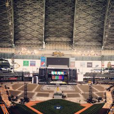Everything you need to know about the Kenny Chesney concert at Miller Park tomorrow. #Brewers