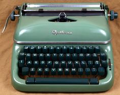 Vintage Typewriters Old manual typewriters...Remembering Delores McKnatt - typing teacher. Bob Ed Lee 1978