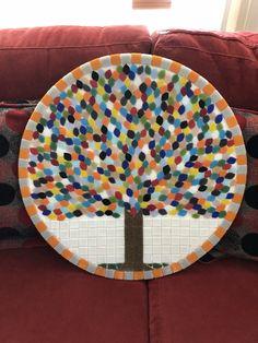 Mosaic Pots, Mosaic Wall Art, Mosaic Garden, Glass Mosaic Tiles, Mosaic Crafts, Mosaic Projects, Mosaics For Kids, Diy Bird Bath, Baubles And Beads
