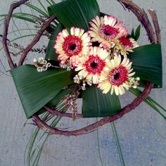 #creative #design #structure #art #florale #deco #interior #bouquet #love #gerbera #wood #green #flower #modern #different #instalike #picoftheday #follow #colorful #style #