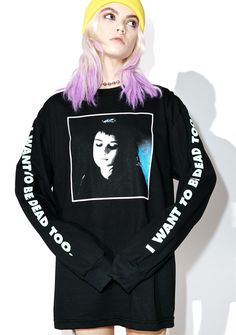 Flying Coffin Lydia Long Sleeve Tee doesn't that sound positively devastating? This sikk long sleeve tee features a comfy black cotton construction, slouchy fit, banded cuffs, white lettering down the arms reading 'I Want To Be Dead Too,' and a graphic of yr creepy childhood idol across the front.