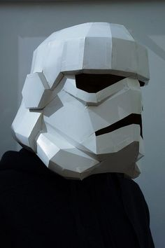 diystormtrooperhelmet_3  I think I can use this concept to make the hard part of the Endor Rebel helment