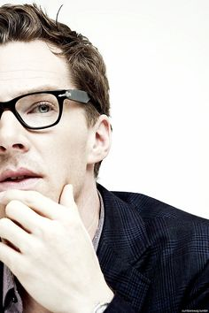 Benedict Cumberbatch // mother of all things beautiful and good bow to the overlord holy guacamole