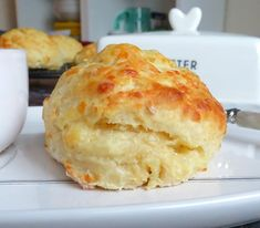 Mary Berry Cheese Scones, Recipe For Cheese Scones, Savory Snacks, Savoury Dishes, Baking Recipes, Cake Recipes, Biscuits, Quiche, Savory Scones