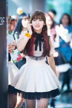 dedicated to female kpop idols. Kpop Girl Groups, Korean Girl Groups, Kpop Girls, Arin Oh My Girl, Korea Fashion, My Baby Girl, Most Beautiful Women, Asian Beauty, Cute Girls