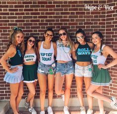 b4334f25a942 Cute college gameday outfits College Goals, College Life, Cute Bff  Pictures, College Fashion