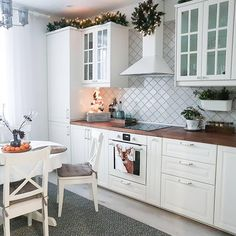 Gorgeous Kitchen Trends and Decoration ideas for This Year Part 19 - Design della cucina Kitchen Furniture, Kitchen Interior, New Kitchen, Interior Design Living Room, Layout Design, Küchen Design, Design Ideas, Design Trends, Ikea Kitchen Design